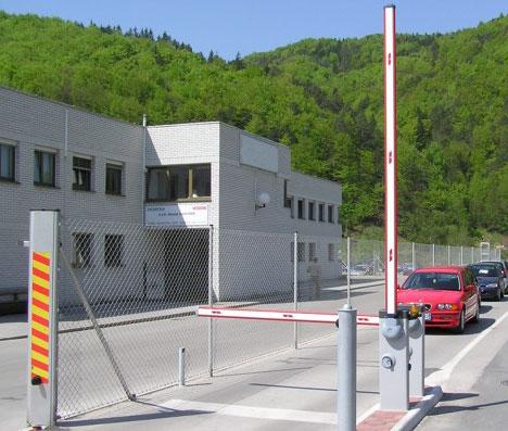 Barrier Gate Merek NICE 9